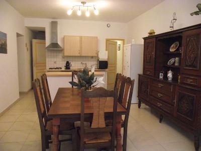 Appartement T3 meuble dans Maison neuve