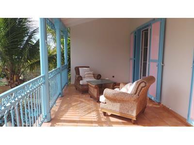 Villa avec piscine à 2 pas de plage à Camopi