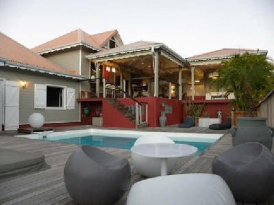 Villa 6 pièces 165 m2?