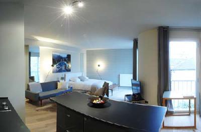 Appartement Bien équipé T1 studio 1 piéces meuble centre ville+parking