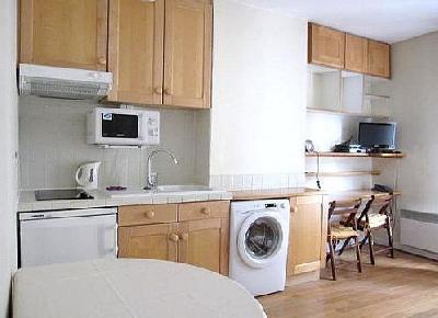Appartement de 25 m² environ au 2ème étage avec ascenseur