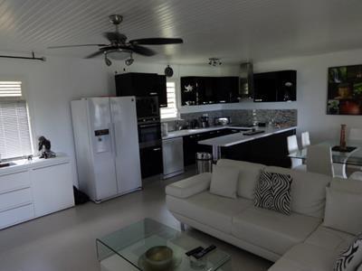 Villa F3 dans une propriété privé