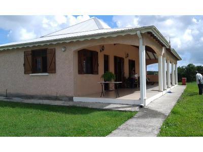 Jolie maison F4 à Trois-Bassins