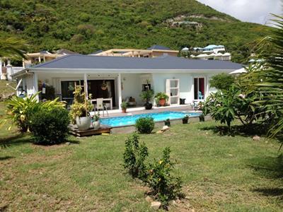 Villa familiale de 4 chambres avec piscine