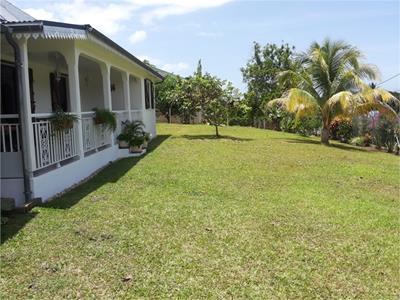 Maison P4 de 135 m² - Terrain de 823 m²?