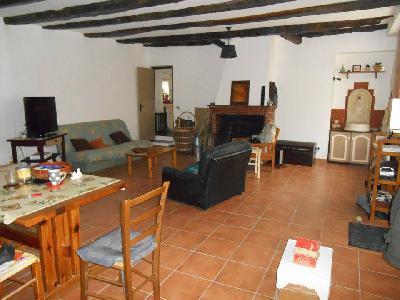 A Saisir : Maison 107m² Rénovée - Village Paisible