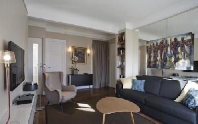 Appartement est situé dans une rue calme