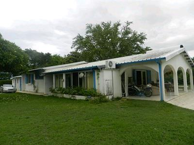 Grande villa T6 au Port