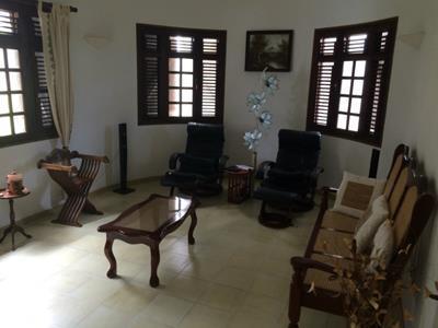 Magnifique villa F6 de 388 m² à Saint-Joseph