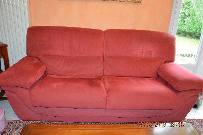 1 canape 2 places 1 canape 3 places fauteuil relax assorti annonces gratuites mobilier. Black Bedroom Furniture Sets. Home Design Ideas