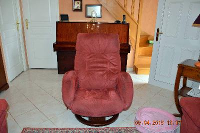 1 CANAPE 2 PLACES + 1 CANAPE 3 PLACES + FAUTEUIL RELAX ASSORTI