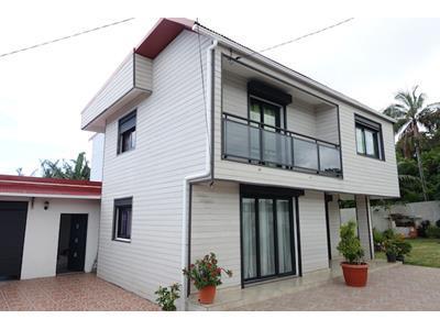 Villa 4 pièces 126 m2 à Saint-Joseph??