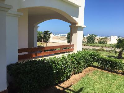 Appartement accès mer avec jardin
