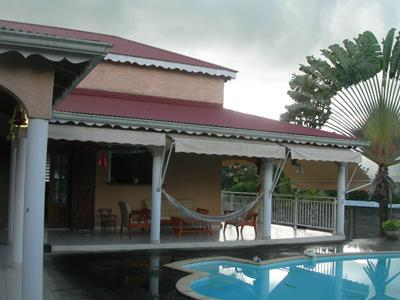 Villa F5 avec piscine à Cayenne