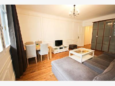 Location appartement meublé 2 pièces de 45M² à Paris 8 ème