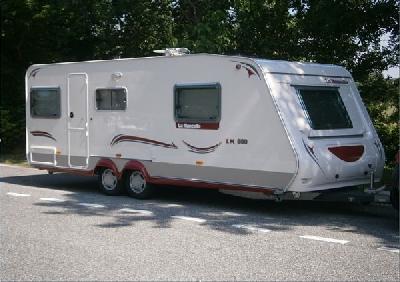 caravane la mancelle 530 sa 2010 comme neuve annonces gratuites caravanes. Black Bedroom Furniture Sets. Home Design Ideas