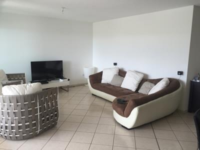 Appartement 4 pièces 110 m2 à Fort de France