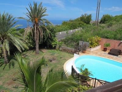 Villa F4/5 avec garage et piscine + F2 indépendant, vue mer exceptionnelle