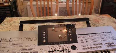 Yamaha tyros-4 61 touches clavier
