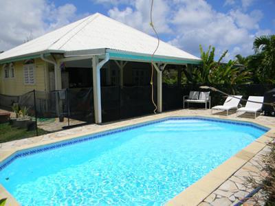 Villa F5 de 120 m2 sur terrain de 515 m2 avec piscine +mezzanine??????