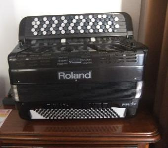Accordéon ROLAND FR 7B