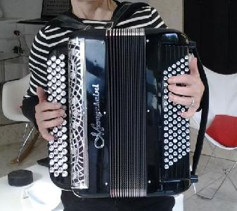 Accordeon Mengascini F5