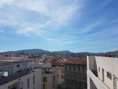 Magnifique T3 avec terrasse Quartier Saint Charles