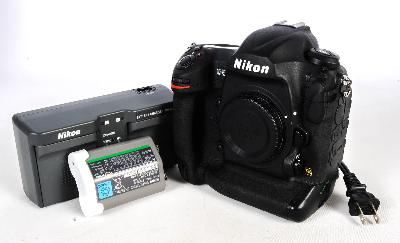 Nikon D5,  double obturateur de version de fentes de XQD (43, 538