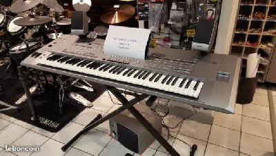 CLAVIER YAMAHA TYROS 5 XL 76 NOTES