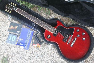 Petite annonce Guitare, Basse et Ampli - photo no. 2