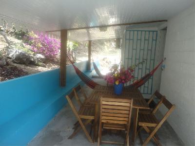 Appartement T5 dans maison à Grande Anse. Vue Caraïbe, plage à 70 m.