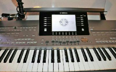 Clavier arrangeur Yamaha Tyros 5 XXL 61 touches occasion