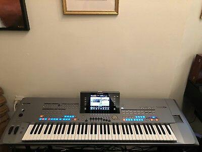 Yamaha Tyros5-76 Keyboard Synthesizer neuf
