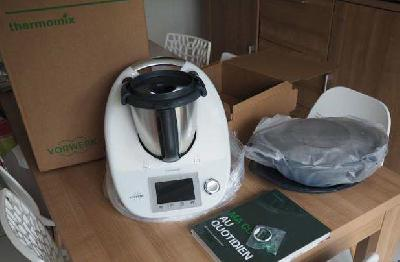 Thermomix Tm5 + livres/ sac de transport