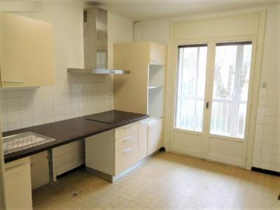 Appartement T4 vide surface 95m²