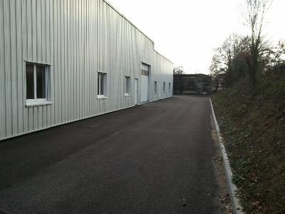 A louer dans  Bâtiment industriel 330M2, entrepôt pour stockage: