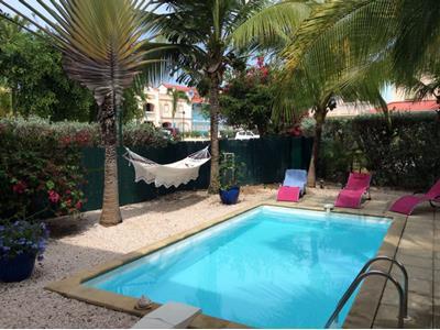 Villa avec piscine à Rémire-Montjoly