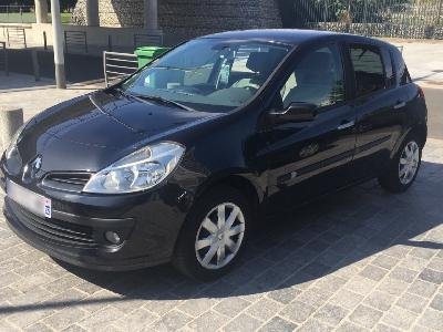 Renault Clio III 1.5 DCI 85CH PRIVILEGE