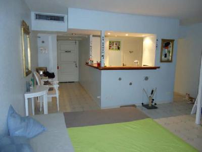 Appartement 1 pièce 42 m2 à Saint Denis