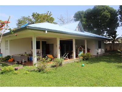 CAYENNE maison P5 - Terrain de 1144 m²