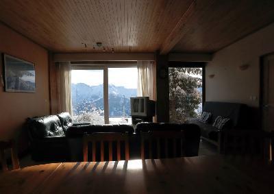 Appartement 3 chambres, 3 salles de bain. plein sud, vue sur les montagnes.