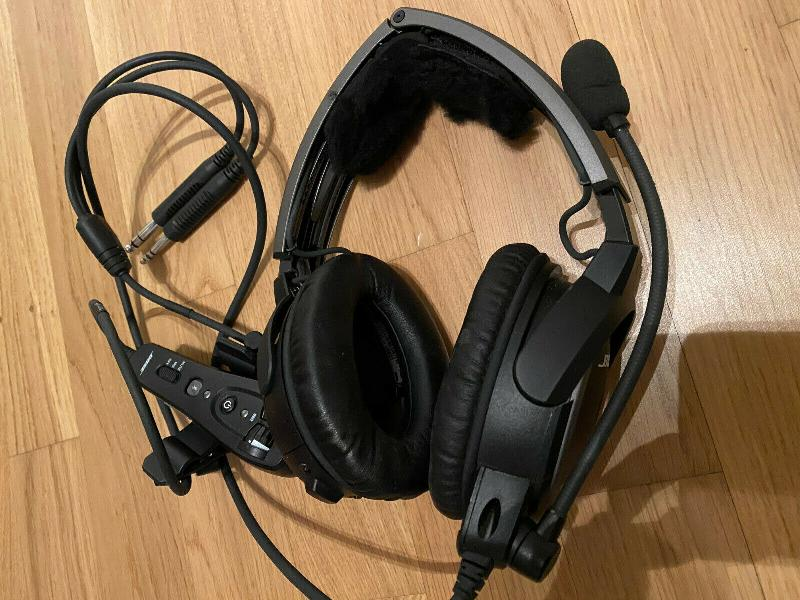Casque aviation Bose A20
