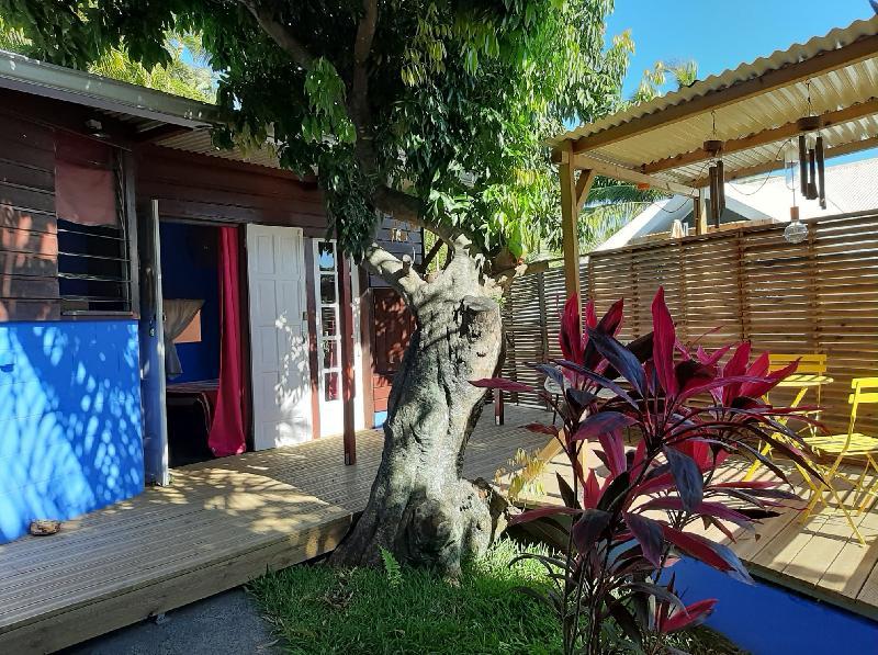 T2 Bas de La Bretagne 55 m² + Terrasse + Jardin 775  € CC Saint-Denis /Ste Clotilde