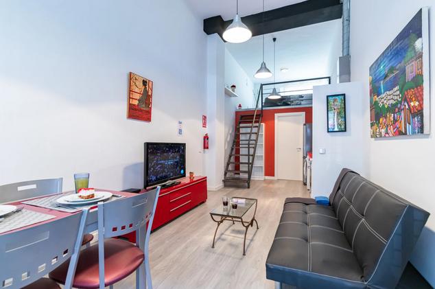 Magnifique Studio Duplex meublé de 40m² au Rez-de-chaussée